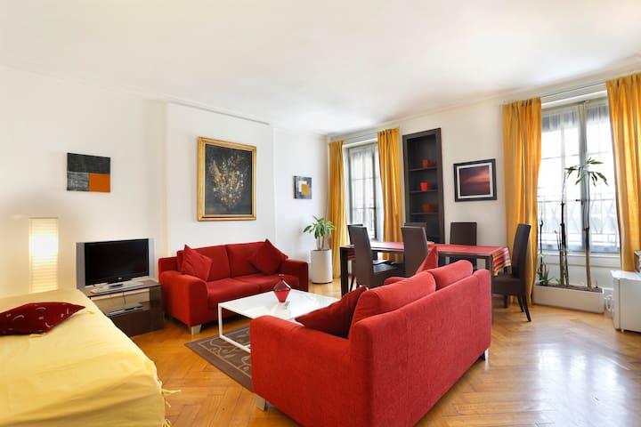GRAND APPARTEMENT CENTRE VILLE - Genève - Lägenhet