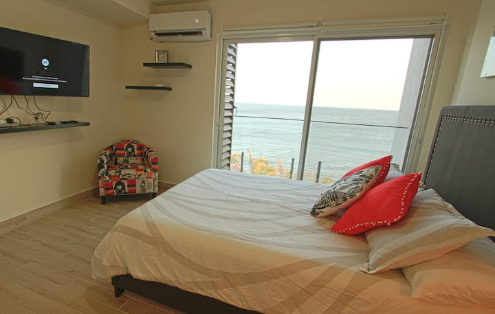 A New Wave of Living,  Ocean View Apartment