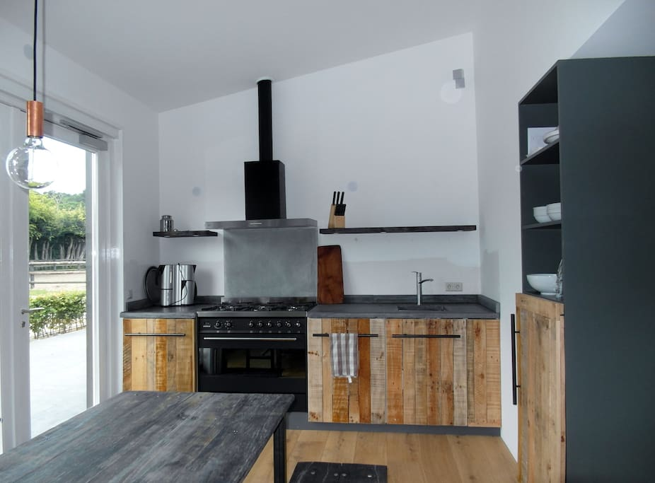 Open keuken voor exclusief gebruik bij de huur van de slaapruimte mogelijk,