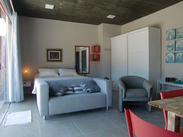 Apartamento 03 no centro de Garopaba