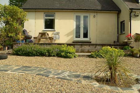 Dove Cottage - with mountain views near the sea - pembrokeshire - อพาร์ทเมนท์
