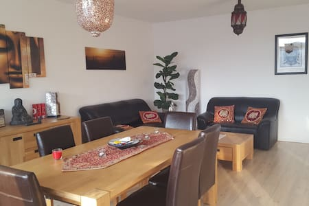 Spacious room in center of Breda - Breda - Apartment