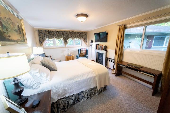 Lewisburg Guest Suite