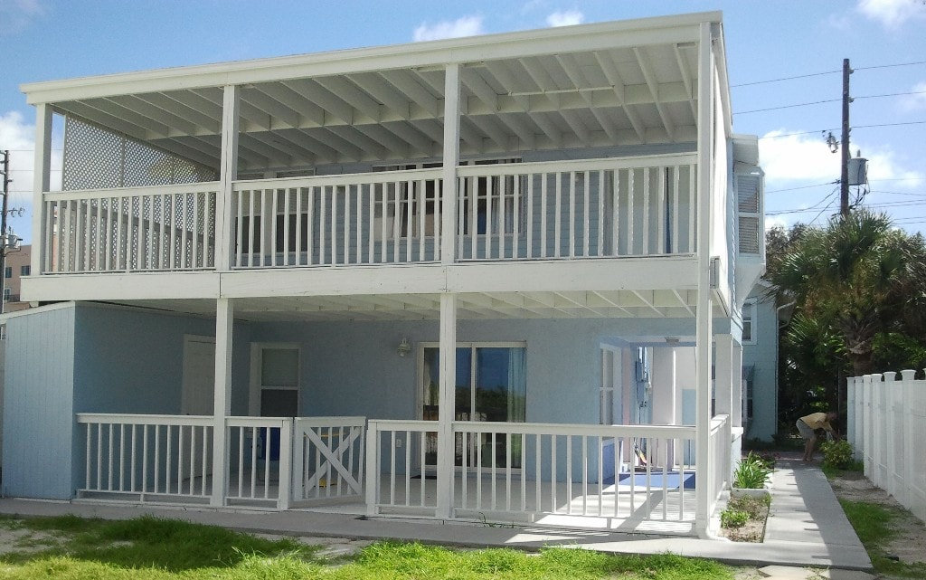 beachfront john s pass cottage 1 cottages for rent in madeira rh airbnb com john's pass cottages madeira beach john's pass cottages madeira beach