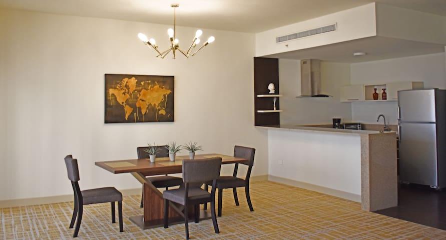GREAT CONDO IN WALDORF ASTORIA HOTEL-BEST LOCATION