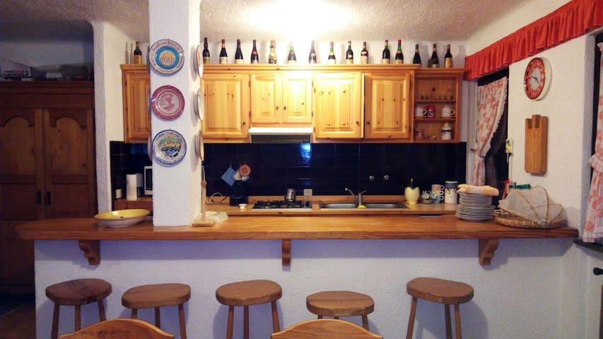 Appartamento per famiglie a Montecampione 1200 - Artogne - アパート