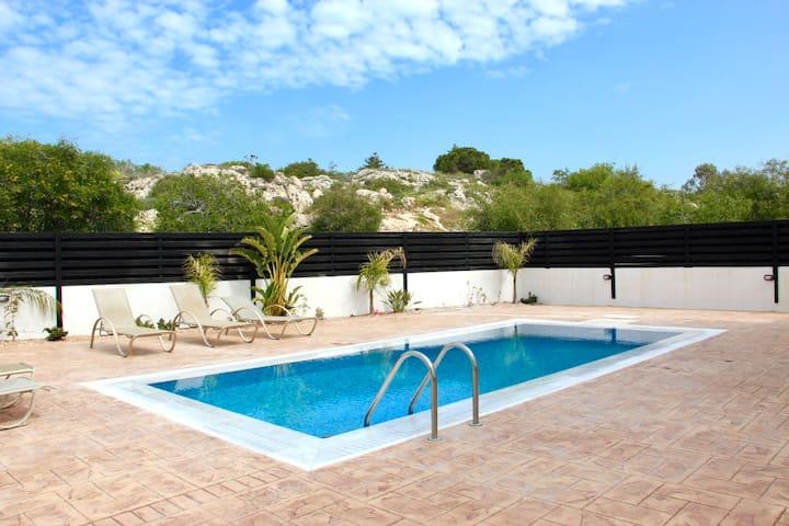 Villa Oceania Nissi Golgen Sands 11 Agia Napa