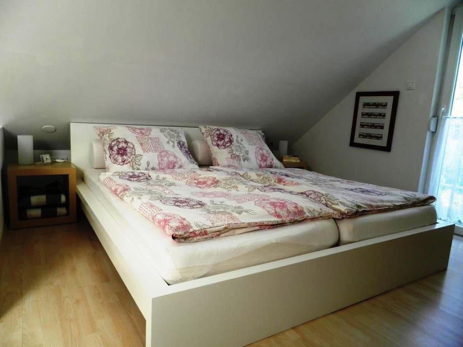 Doppelbett 1,80 x 2,00m