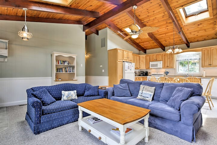 Cozy North Falmouth Home w/Guest House & A/C!