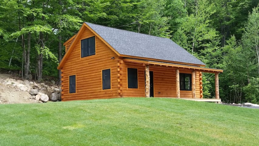 Brand New 2 Bedroom Cabin in the White Mountains - Intervale - Kulübe