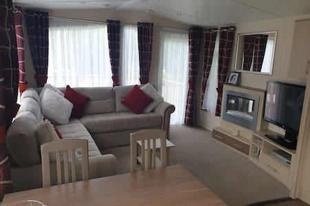 Modern and Relaxed static Caravan Lilliardsedge11