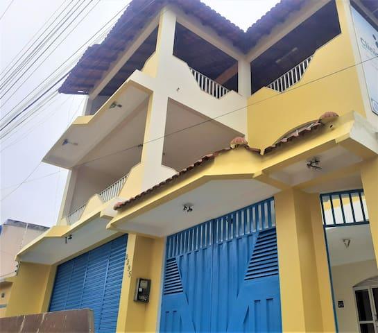 Suíte Dupla (cama casal) - Casa do Ivo Santarém/PA
