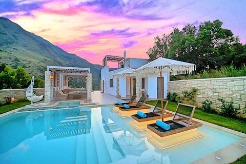 Blue Lake Villa Heated Pool