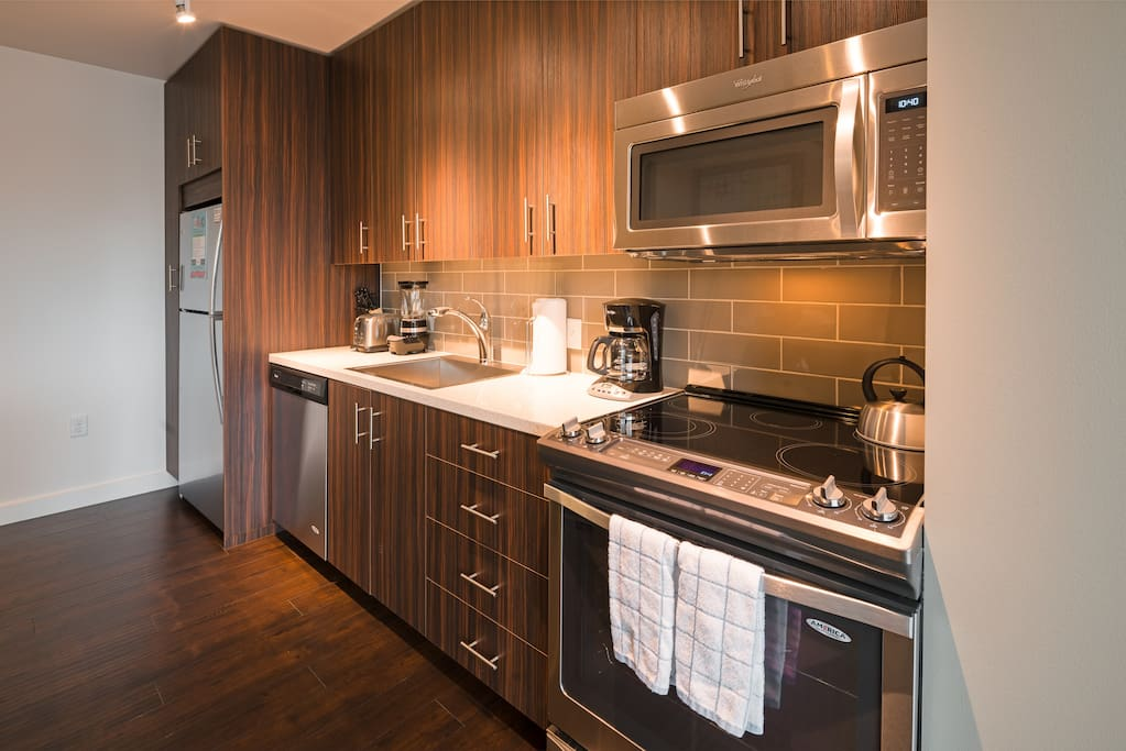 Kitchen at Park Avenue West by Stay Alfred