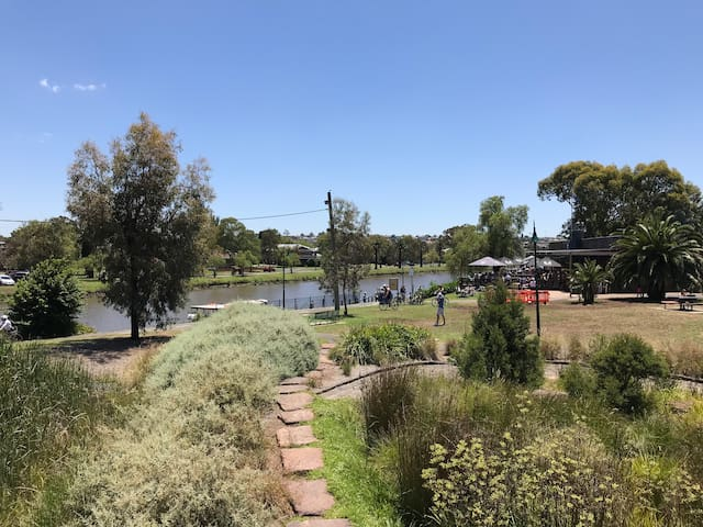 Enjoy outdoors in the nearby Maribyrnong river