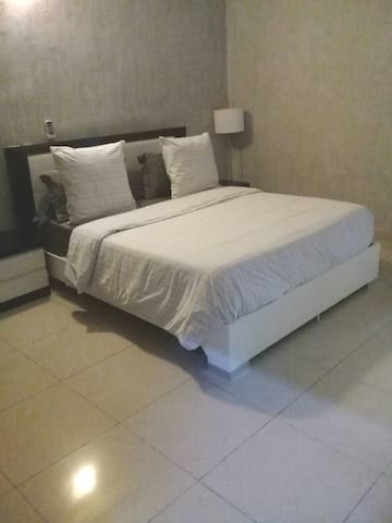 Superbe appartement meublé, ZONE 4