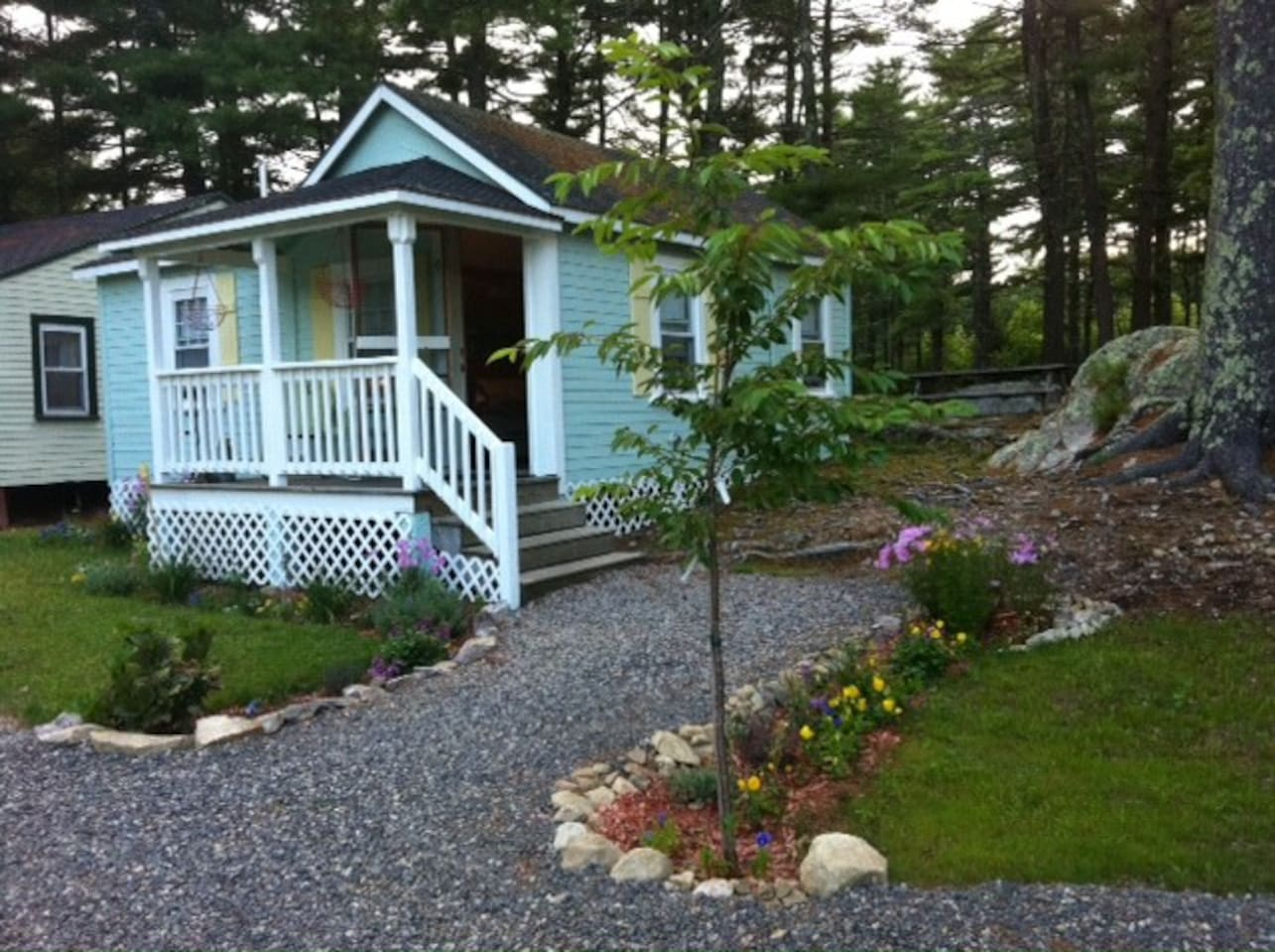 wonderful cottage in patio photo maine cottages of rentals and for back hammock rent ocean view ogunquit x