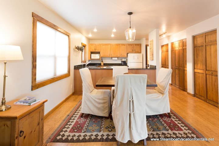 Romantic 1bed with wonderful views! - Steamboat Springs - Apartment