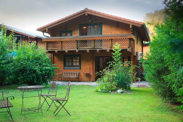 Haus+Garten+Parken mitten in Wien