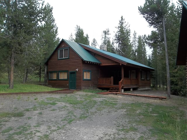 R and R Cabin is in the Macks Inn area of Island Park.
