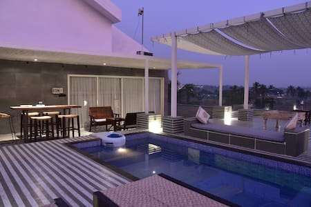 Luxury Riverview Penthouse with Private Pool Baga