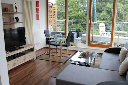 2 bedroom Lakeview Penthouse apt. - Birkenwerder - Квартира