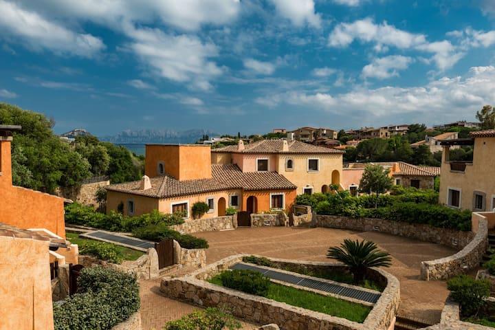 Villaggio Perlacea - Trilocale con giardino