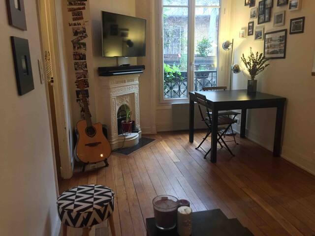 Appartement meublé - 2 pièces (au pied du métro 9)