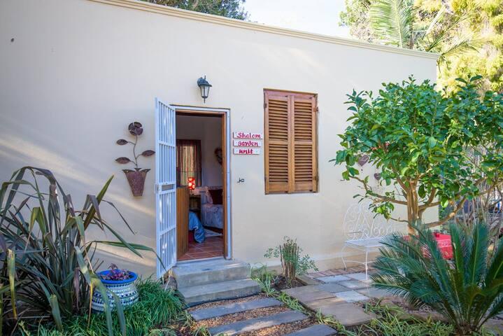 Shalom Garden Cottage