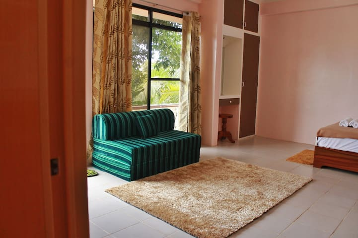 Country-side Studio Flat in Bohol: B