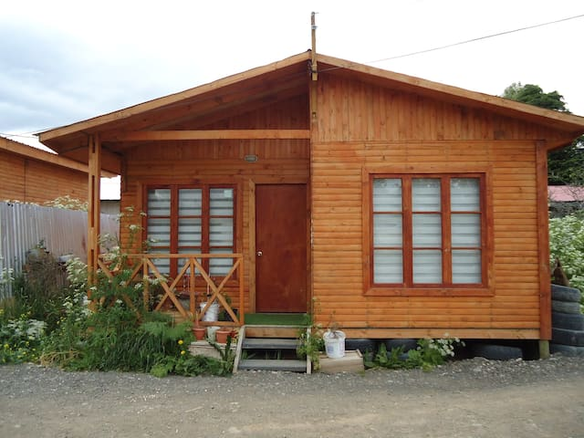 Cheap and cozy cabin in Puerto Natales