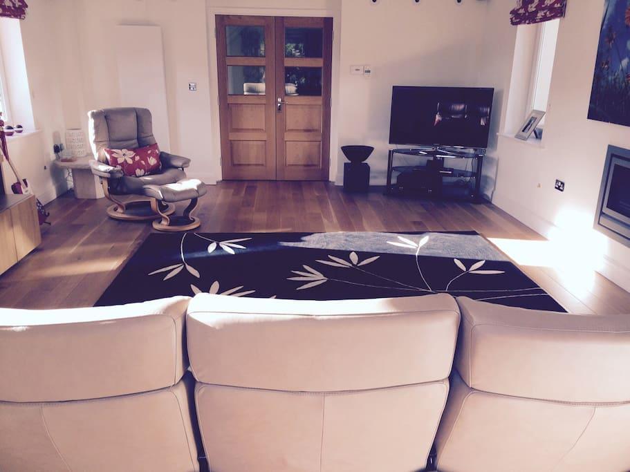Large sunny lounge