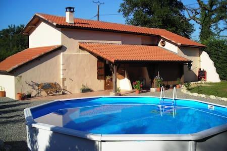 La Grange - เคลอร์มอนต์ - บ้าน