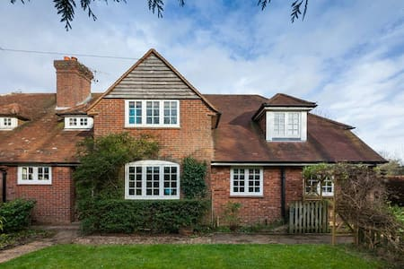 Double Bedroom (3 of 3) in Ardingly - Ardingly