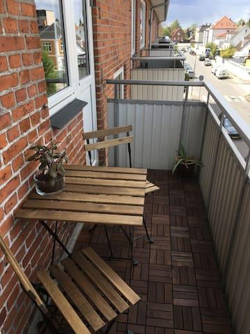 Hyggelig 2-værelses lejlighed tæt på København