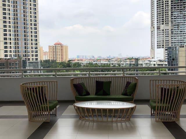 Apartemen facilities 7th floor (children play ground)