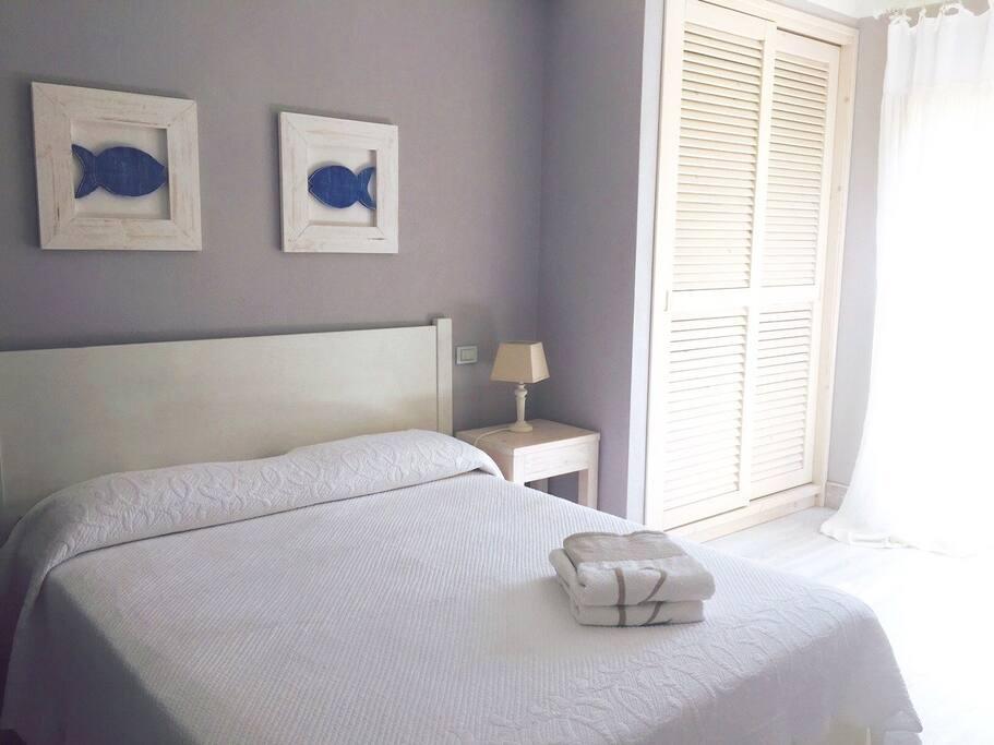 Double bedroom with en suit bathroom