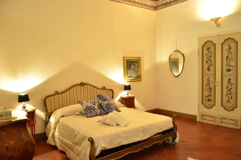 Anna chambres d 39 h tes louer lucignano toscana italie for Chambre hote italie