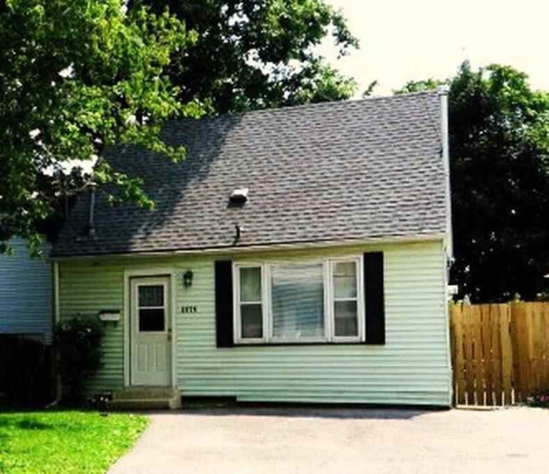 HOME is PRIVATE, QUIET & SAFE with FRONT Double PAVED   DRIVEWAY ...........