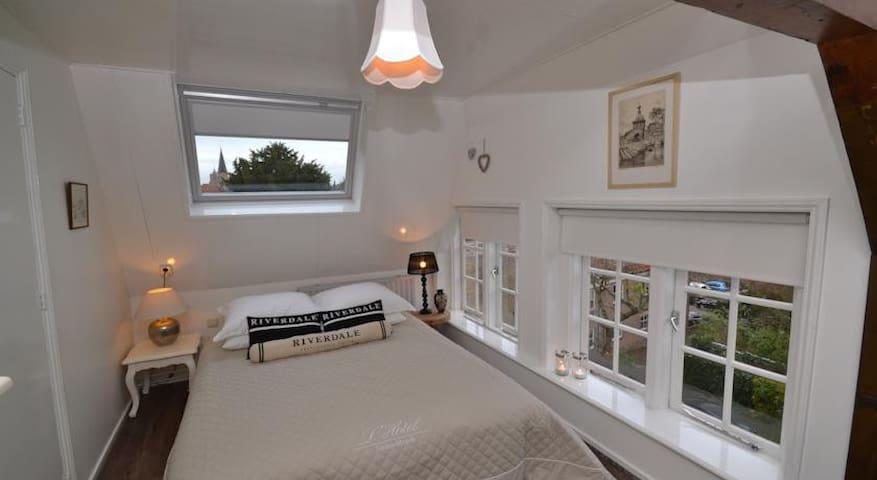 Penthouse Den Gouden Valcke - Middelburg - Apartemen