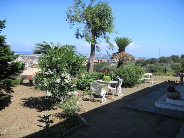 Panoramico villino fra cielo e mare - San Filippo del Mela - Villa