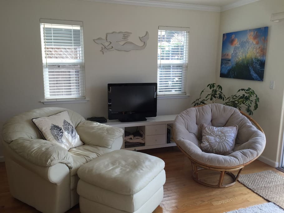 Light and airy living area...
