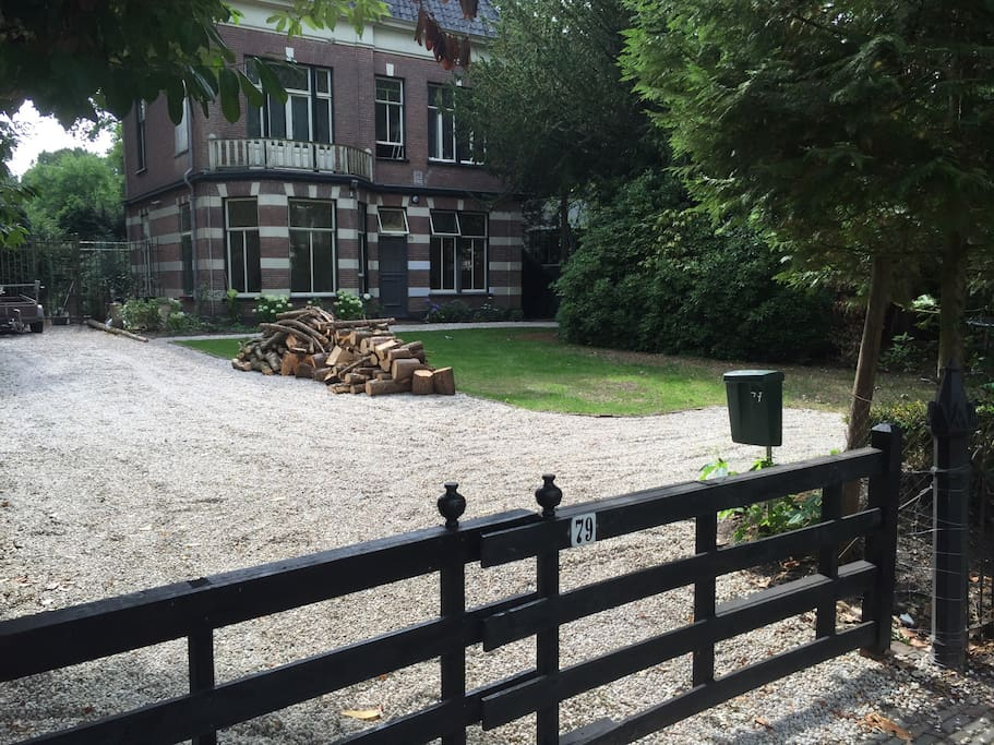 Unieke studio in monumentale villa appartementen te huur in hilversum noord holland nederland - Te huur studio m ...
