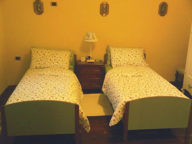 B&B Corti Residence - Bergamo! - Pradalunga - Aamiaismajoitus