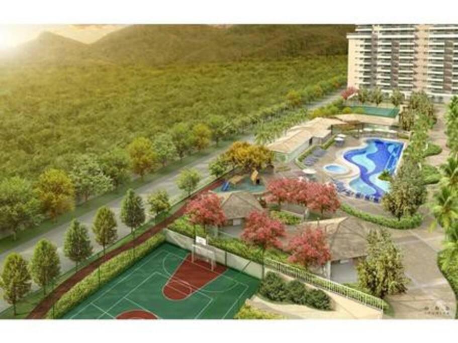 Área de Lazer, piscina, quadra de tênis, quadra poliesportiva, parque infantil, restaurante e churrasqueiras.