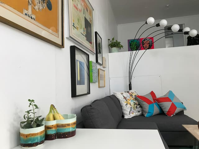 Modern Oasis-Cosy Studio Apartment in the Heights