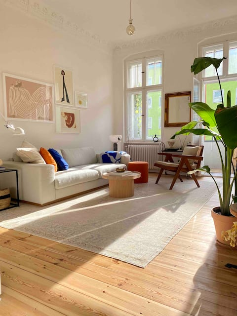 Comfy and spacious apartment in lively Neukölln