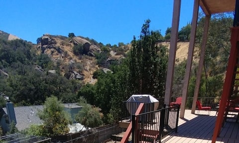 Mountain Views in Simi Valley....No Cleaning Fee!