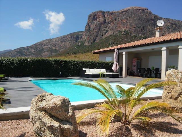 Villa avec piscine à 20mn d'Ajaccio
