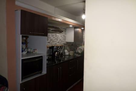 Confortable apartamento en Charallave - Miranda